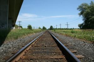 train-tracks-71438_1280